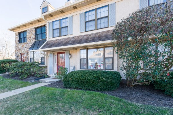 Picket Post Townhome